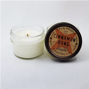 Travel candle with the scent of freshly baked cinnamon rolls. Size: 4 oz; burn time 32 hours.