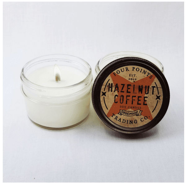 Travel candle with the scent of the morning: freshly brewed hazelnut coffee. Size: 4 oz; burn time 32 hours.